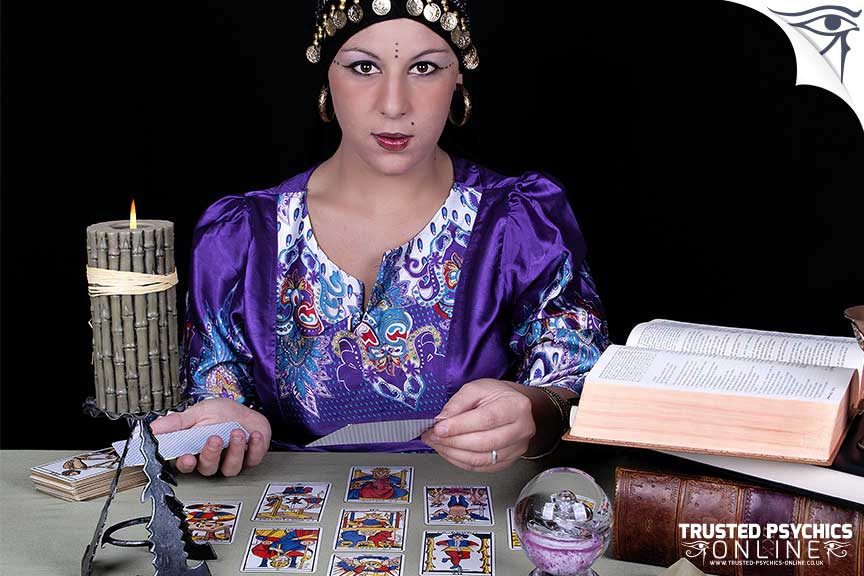 Incredible Tarot Readers - Trusted Psychics Online